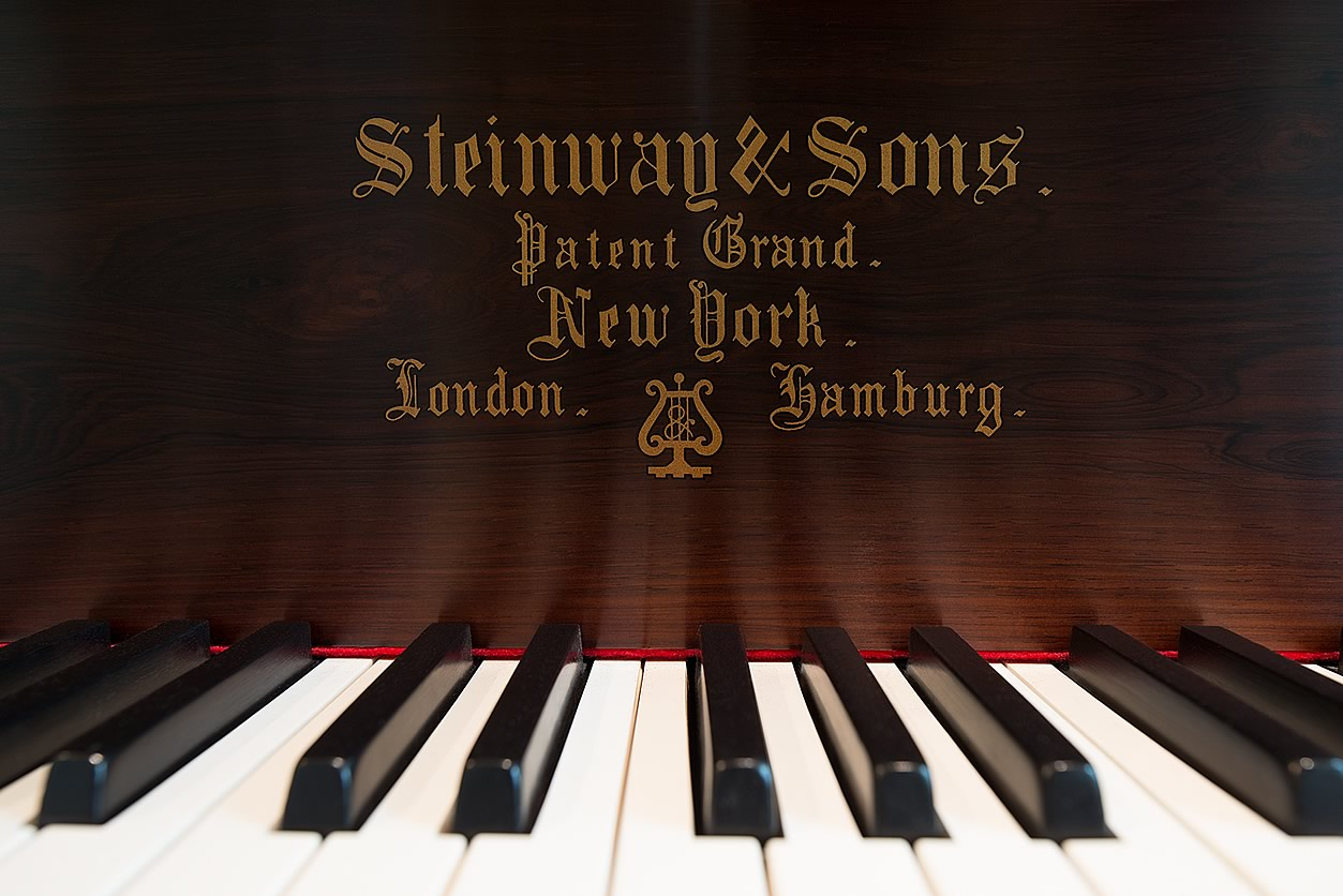 "Main Gallery Image: Steinway & Sons 6' 2"" Brazilian rosewood Art Case parlor grand piano."