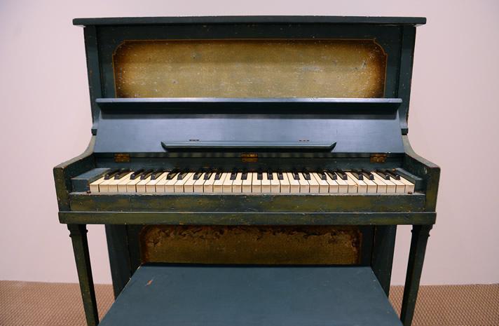 "The green piano ('Tiny Piano') used for the movie ""Casablanca""."