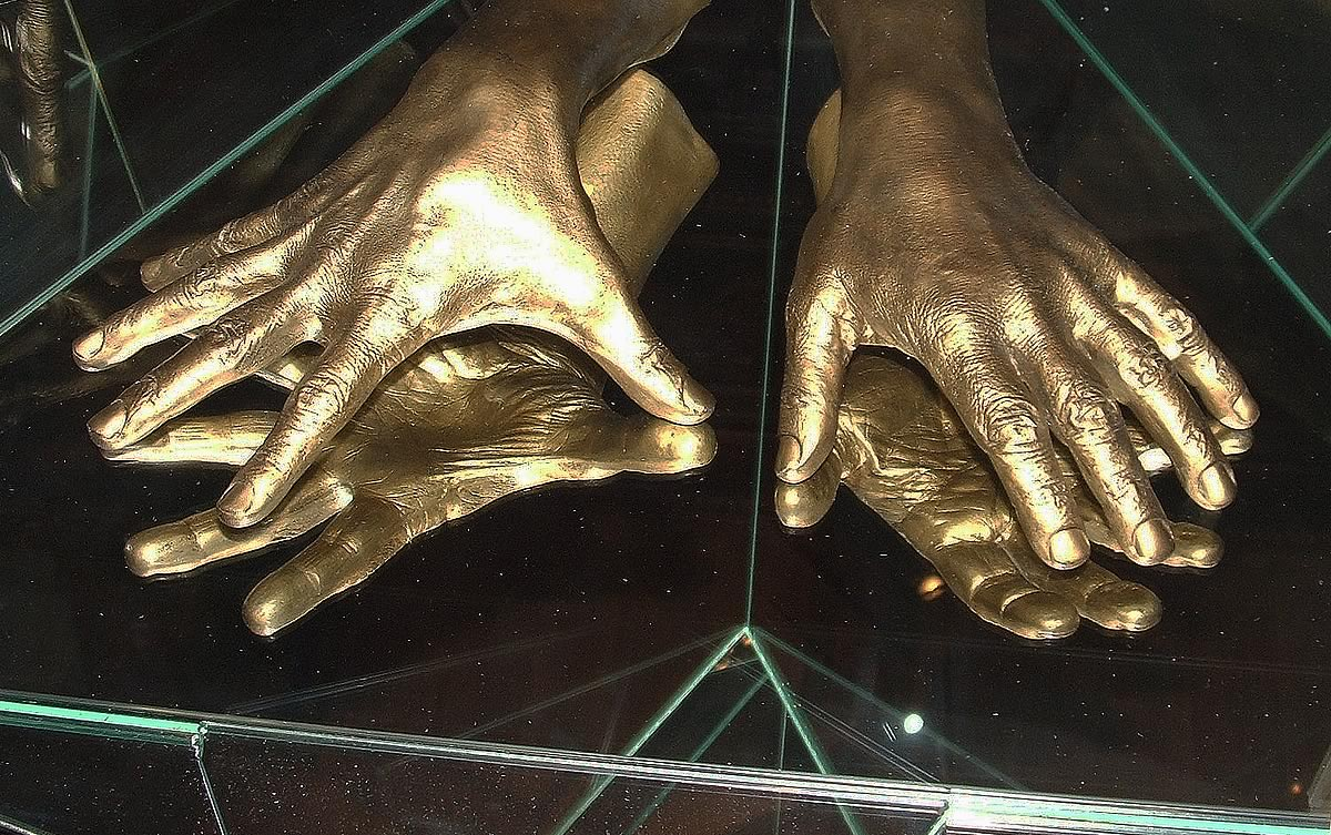 Hands of classical pianist Artur Rubenstein.