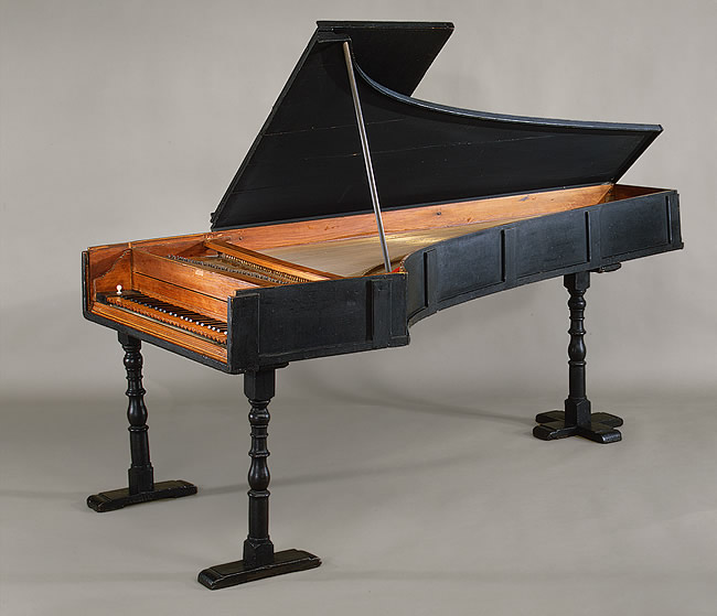 Pianoforte instrument from 1720, built by Bartolomeo Cristofori, in the Museum of Metropolitan Art, New York City.