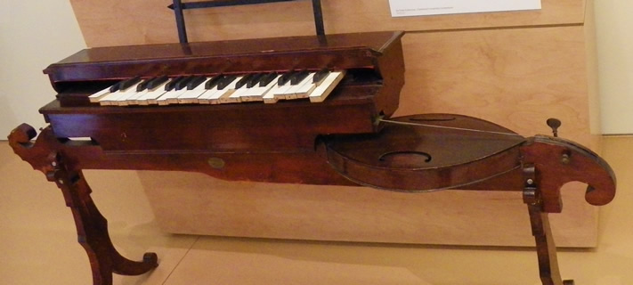 Keyed monochord instrument from 1883, at the Musical Instrument Museum, Phoenix, Arizona.