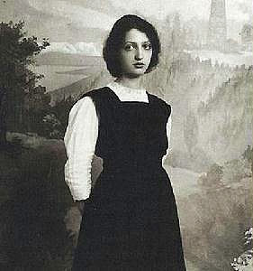 Portrait of Clara Haskil in her youth.
